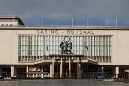 Bron: Kursaal Oostende. Johan Bakker - Own work via Wikimedia Commons, CC BY-SA 3.0
